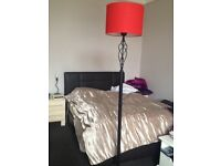 Vintage-look solid metal floor lamp