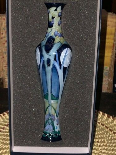 "MOORCROFT POTTERY 2002 ""BROOMY WOOD"" LTD. ED. VASE 138/12 Signed NIB (B)"