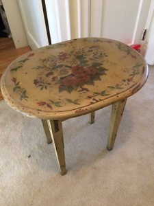 Pretty Floral End Table