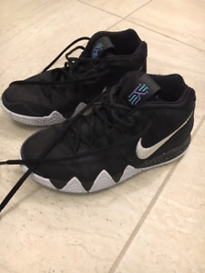 Nike Kyrie 4 Basketball Shoes youth 4.5