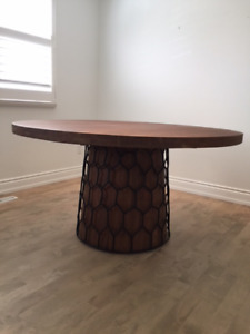 Solid Akiesha Wood Round Dining Table