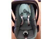 Maxi Cosi Pebble Seat and Family fix base inc rain cover