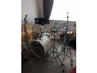 Premier Projector 6 Piece White Drum Kit