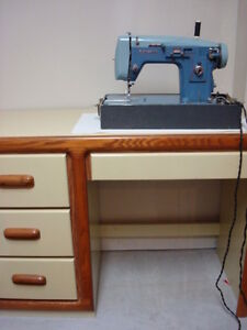 Desk/Sewing Desk
