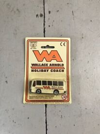 Wallace Arnold Holiday Coach (Toy model)
