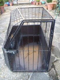 Shaped Dog Cage for Car