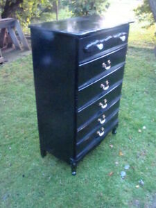 Black french provincial 5 drawer ( just reduced)