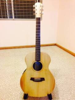 Cole Clark Angel 1A Bunya/Maple Acoustic-Electric Condell Park Bankstown Area Preview