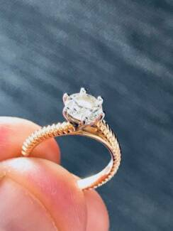 0.92 ct Diamond Ring (F / VS1) - 18ct Rose Gold Custom Setting