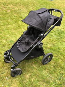 Baby Jogger City Select Stroller with second matching seat