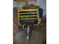 ATLAS COPCO AIR COMPRESSOR XAS40 MAX PRESSURE 8 BAR RUNNING 7 BAR COMES WITH 3 BREAKERS £1150