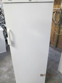 *+NADZ*+FULLSIZE FRIDGE LARDER ONLY/FREE LOCAL DELIVERY/WARRANTY/GOOD CONDITION/WORKS GREAT/