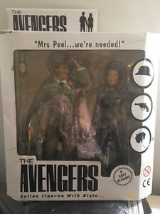 Limited edition: The Avengers: John Steel and Emma Peel ( new)