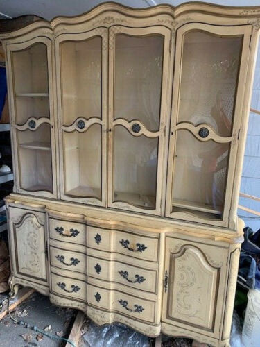 Karges Hutch Breakfront Original Paint High Quality