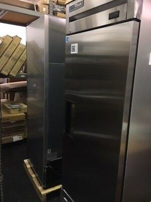 Scratch Dent True T-23f-hc 27 One Section Solid Door Reach-in Freezer