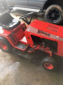 RIDE ON MOWER RANCHES ROVER 12.5 HP