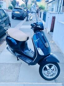 Vespa 125LX in Acton W3 For Sale