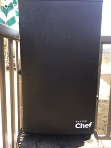 Master Chef Digitally Programmable Meat-Fish-Vegetable Smoker
