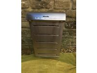 Miele extractor hood, excellent condition. Collection only
