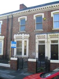 One bedroom top floor apartment located on Azalea Terrace North in Ashbrooke. Available Now