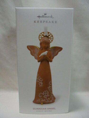 2018 Hallmark Keepsake Ornament GUARDIAN ANGEL B25