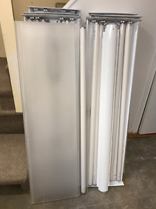 Must Sell--Fluorescent ceiling lights--4 tube lamps/each