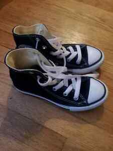 BNWT Converse Shoes Boys Size 11 Peterborough Peterborough Area image 2