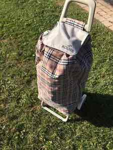 NEVER USED- NEW ROLSER shopping trolley Utility Cart West Island Greater Montréal image 1