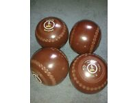 Thomas Taylor International bowls(brown)