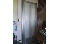 Shower enclosure and base 760mm x 760mm.