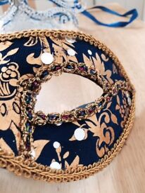 Gents mask suitable for fancy dress Royal blue and gold