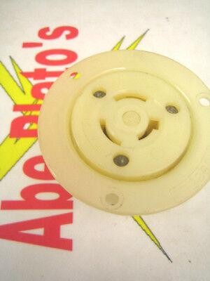 Hubbell Flanged Receptacle Outlet 20 Amp 250 Volt - 10 Amp 600 Volt
