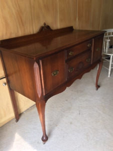 Very beautifully preserved Buffet!