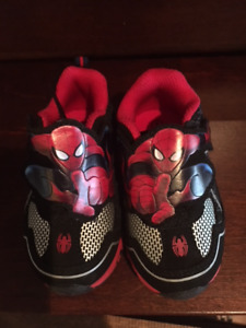 Toddler Sz 5 Light up Sneakers