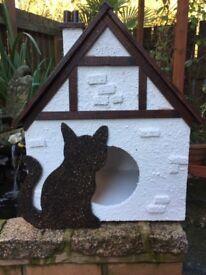 luxuty cat/dog house outdoor or indoor