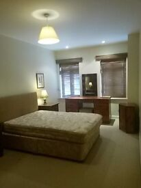 en-suit double bed, modern apartment, fully equiped