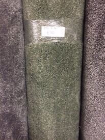 Luxury Green Carpet Remnant (2.90 x 4.00m) for £50