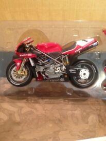Carl Fogarty signed model bike