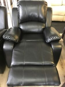 Chairs/ Love Seats/ Sectionals/ 3pc Sets