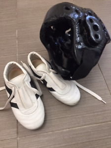 Karate  /  Tai-kwan-do shoes and head protection