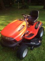 Scott's (John Deere) Lawn Tractor L2048
