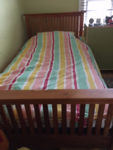TWIN BED Frame- classic wood design