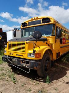 2004 international bluebird 70 pass bus 444e engine