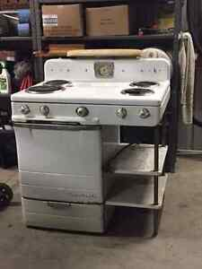 antique electric stove Kitchener / Waterloo Kitchener Area image 1