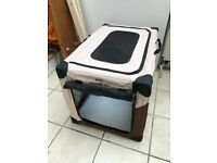 Sturdy and easy to assemble travel crate for small/medium sized dogs - incl. pegs for securing