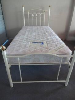 Single bed (brass + ceramic fittings) + mattress, large reduction Woodlands Stirling Area Preview