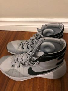 Nike Hyperdunk 15 - Size 10.5