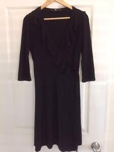 BLACK REVIEW LONG SLEEVE WRAP DRESS SIZE 12 - EXCELLENT CONDITION Springwood Logan Area Preview