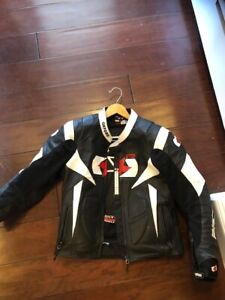MENS MOTORCYCLE JACKET - SIZE 36