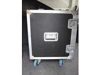 SWR flight case for a son of bertha 1x15 BASS cab Speaker, redhead ext cab amplifer tc fender eden